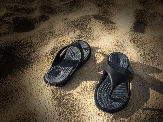 ハワイ旅行にはビーサンよりも歩きやすいサンダルがオススメな理由