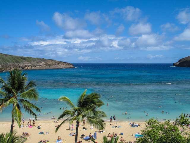 ハワイ旅行に電子書籍リーダーを持って行くべき理由
